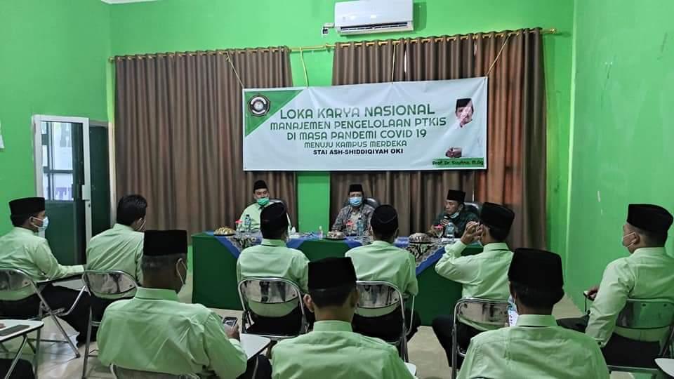 Selenggarakan Loka Karya Nasional dan Potong Tumpeng Dies Maulidiyah ke IX, STAI Ash-Shiddiqiyah Undang Direktur Diktis