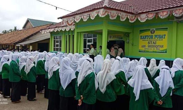 Serentak! Mahasiswa STAI Ash-Shiddiqiyah Ikuti Ujian Akhir Semester Tahun Akademik 2020/2021