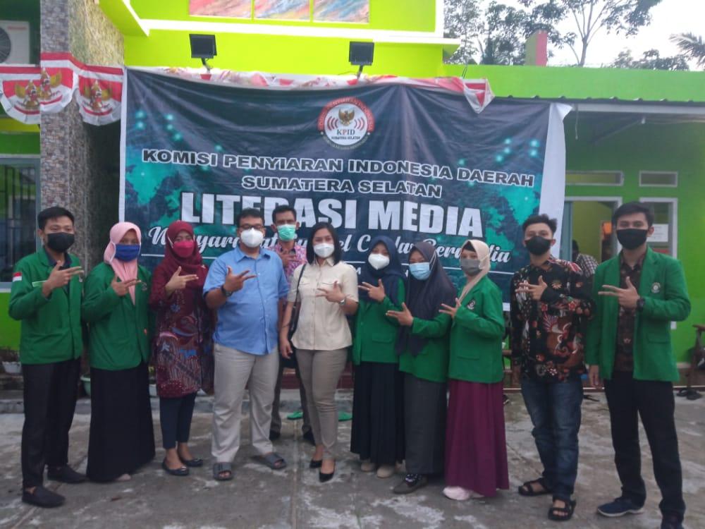 Mahasiswa STAI Ash-Shiddiqiyah Hadir dalam Roadshow Literasi Media Bersama KPID Sumsel