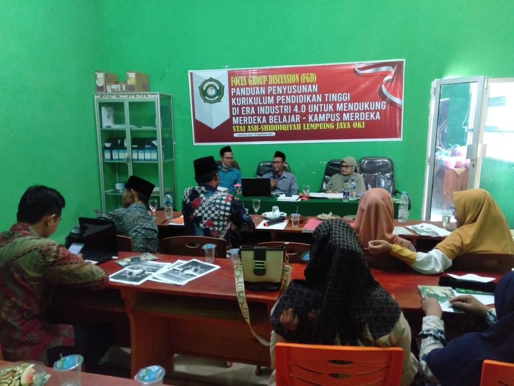 Staf Pengajar STAI Ash-Shidiqqiyah Ikuti Pelatihan Penyusunan Kurikulum