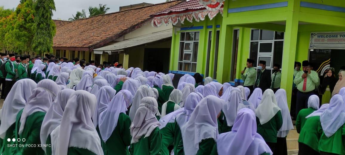 Sebelum Memulai UAS, Seluruh Mahasiswa STAI Ash-Shiddiqiyah Ikuti Briefing Terlebih Dahulu